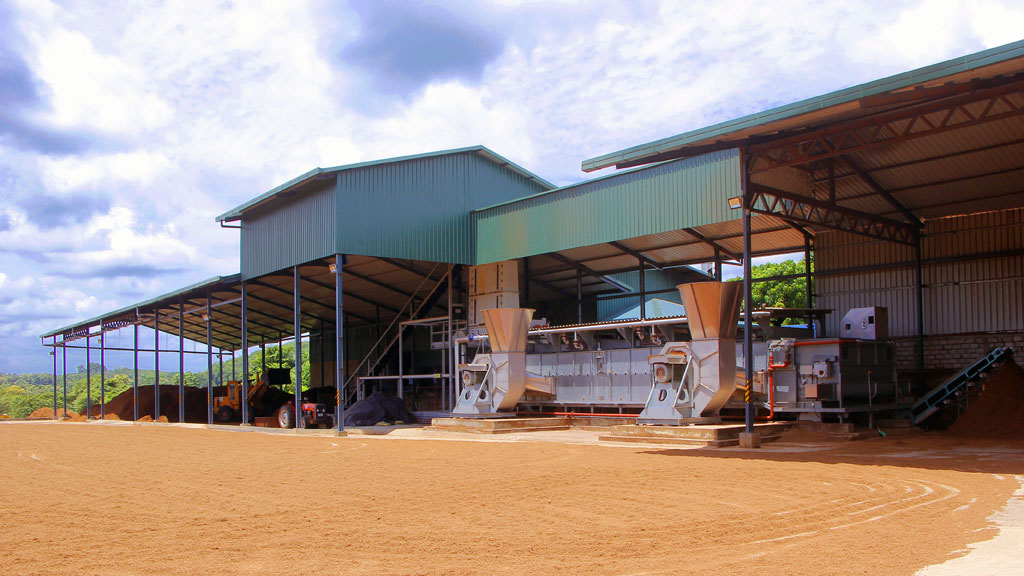 Medicoir cocopeat factory in Sri Lanka