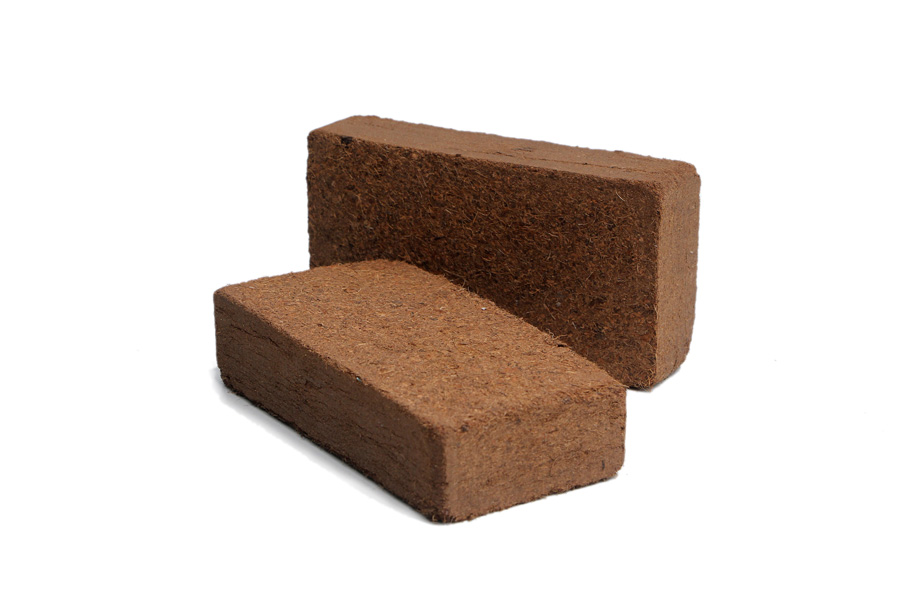 Cocopeat bulk product brick